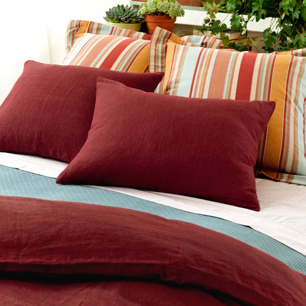 Cottage Bedding & Quilts