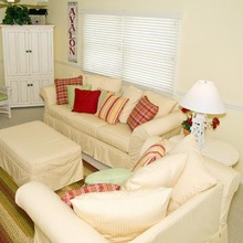 Slipcovered Sofas | Cottage furniture