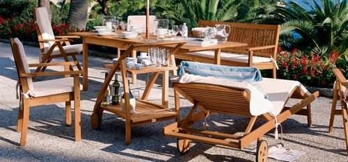 Outdoor Loungers - Dining Patio Tables