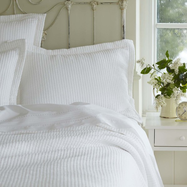 Hudson White Matelasse Quilt by Taylor Linens