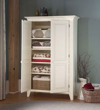 Southern Pine Linen Cabinet