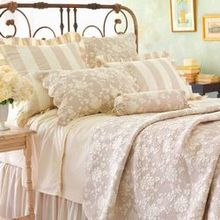 Madeline Bedding Collection