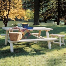 More about the 'Log Picnic Table' product