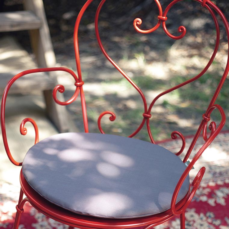 fermob round chair cushion
