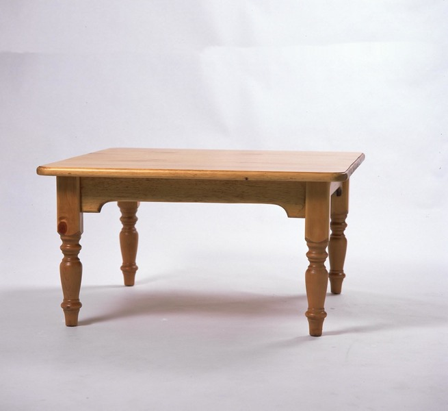 Southern Pine Rectangular Coffee Table