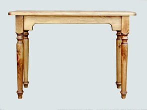 Southern Pine Sofa Tablw with Turned Legs