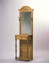 Sothern Pine Foyer Stand with Mirror