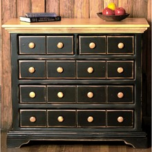 More about the 'Southern Pine Bachelor's Chest' product