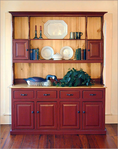 Carolina Colonial Hutch
