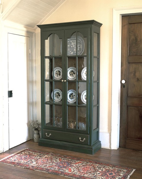 Southern Pine Tuscany Plate Cupboard