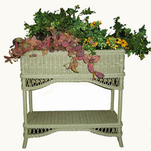 Bar Harbor Wicker Planter