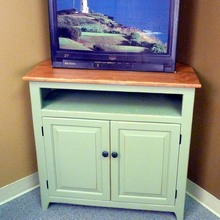 More about the 'Southern Pine Corner TV Stand' product