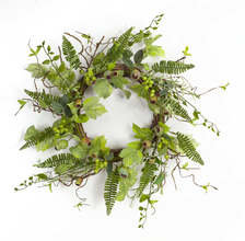 Pod/Berry/Foliage Wreath