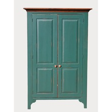 Southern Pine Green River Cabinet