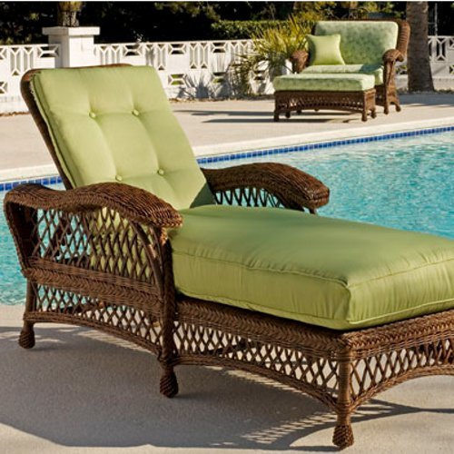 Chesapeake Chaise w/adj. Back