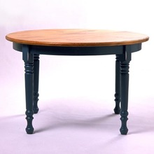 "Southern Pine 42"" Round FarmhouseTable"