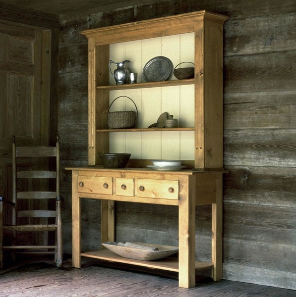 Southern Pine Welsh Hutch