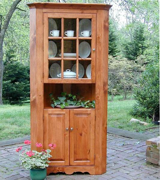 Southern Pine Lexington Corner Cupboard