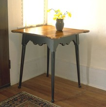 Southern Pine Philadelphia Side Table