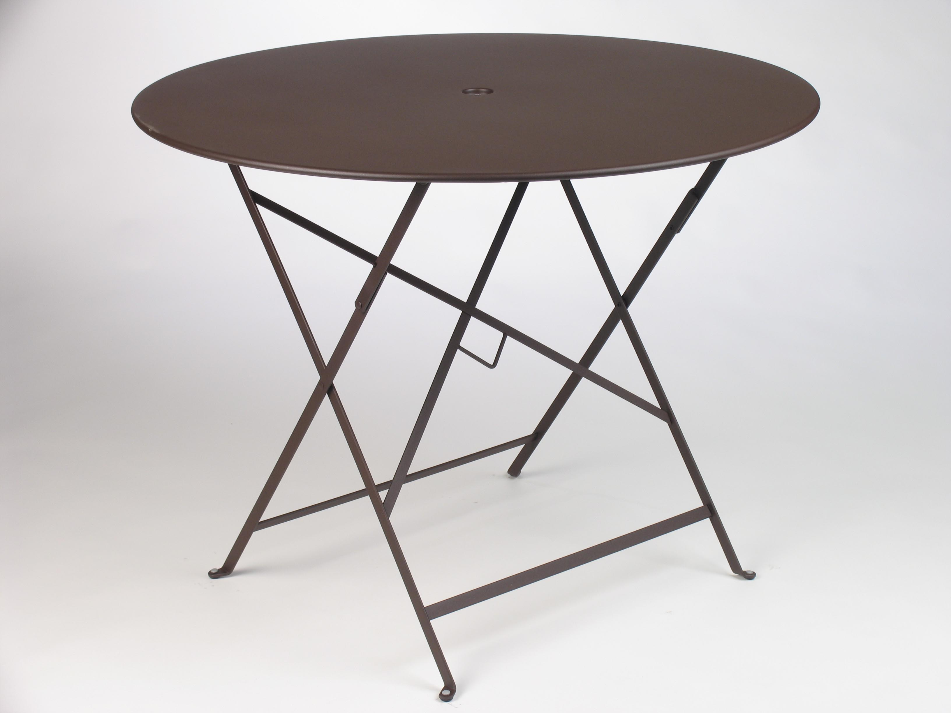38 Inch Folding Table   Russet