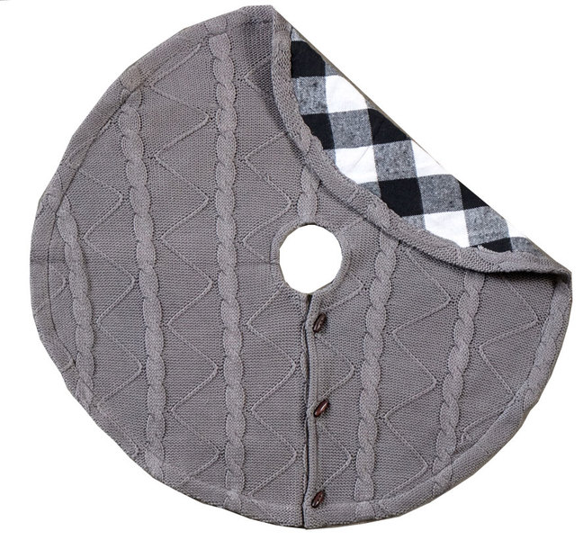 Reversable Grey Knit & Check Tree Skirt