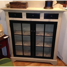 Fairway Cupboard with Glass Doors