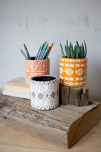 More about the 'Set Of Three Vases With Geometric Patterns' product