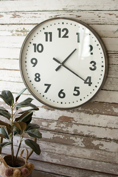 Round Black And White Wall Clock
