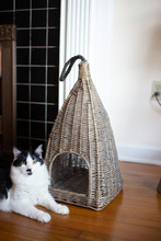 More about the 'Hanging Wicker Cat Basket' product