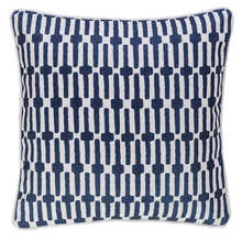 Links Navy indoor/outdoor pillow