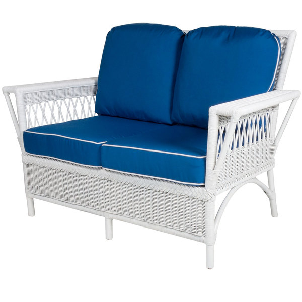 Windsor Loveseat in white