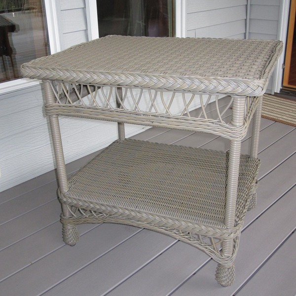 Bar Harbor Outdoor Wicker End Table