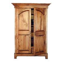 More about the 'Southern Pine Colonial Armoire' product
