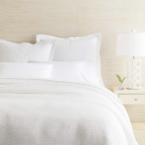 Remy knit white blanket