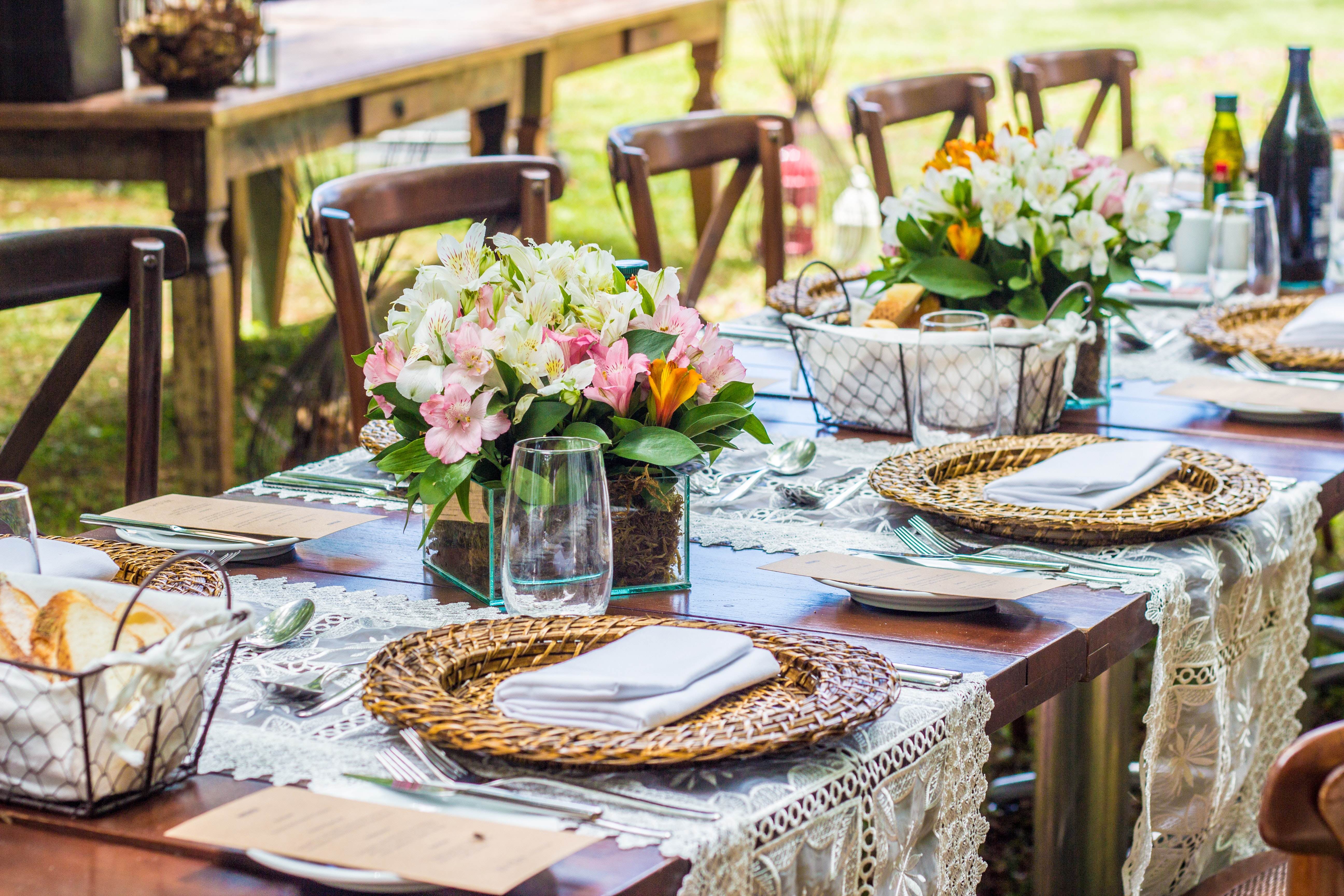 View post titled How to Use Table Runners